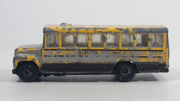 1985-1995 Matchbox School Bus District 2 Yellow Die Cast Toy Car Vehicle