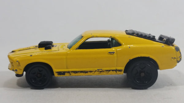 1998 Hot Wheels First Editions Mustang Mach I Yellow Die Cast Toy Muscle Car Vehicle