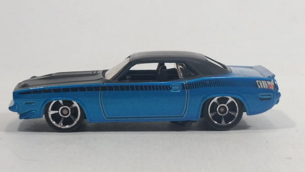 2010 Hot Wheels Muscle Mania '70 Plymouth AAR Cuda Metalflake Blue Die Cast Toy Muscle Car Vehicle