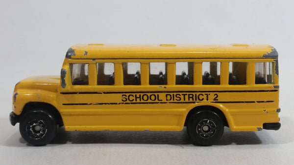 2010 Maisto Fresh Metal School District 2 School Bus Yellow Die Cast Toy Car Vehicle