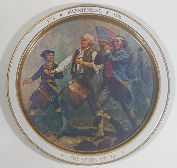 "Vintage 1970s United States of America Bicentennial 1776 - 1976 ""The Spirit of '76"" 11 3/4"" Diameter Metal Serving Tray"