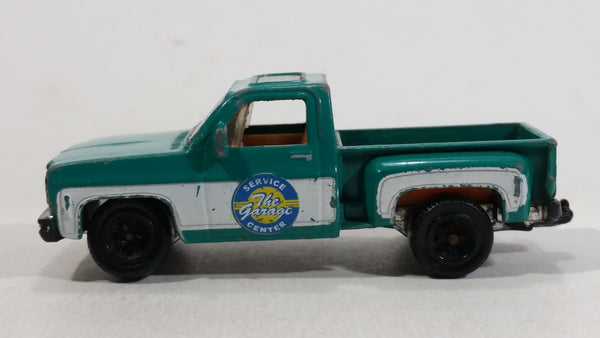 2009 Matchbox Service Center 1975 Chevy Stepside Truck Green Die Cast Toy Car Vehicle