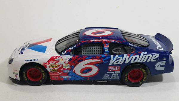 1998 Racing Champions Ford Taurus Cummins Nascar #6 Valvoline Mark Martin White Blue Toy Race Car Vehicle 1:24 Scale
