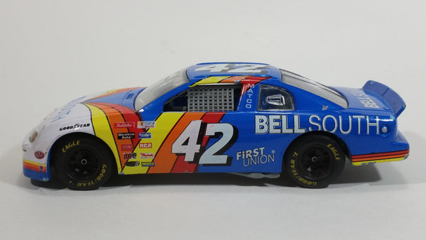 1995 Racing Champions Chevrolet Monte Carlo Nascar #42 Bell South Joe Nemechek White Blue Red Yellow Die Cast Toy Race Car Vehicle 1:24 Scale