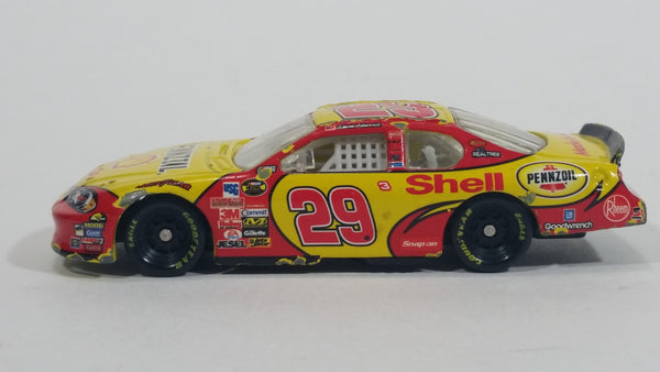 2007 Action Racing Chevrolet Monte Carlo SS #29 Kevin Harvick Shell Pennzoil Yellow Die Cast Toy NASCAR Race Car Vehicle