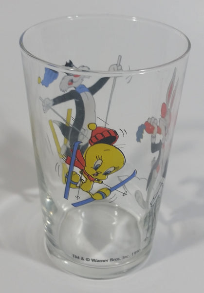"1990 Warner Bros. Looney Tunes Tweety Bird Sylvester The Cat Bugs Bunny Skiing Themed Cartoon Character 4"" Tall Glass Cup TV Show Collectible"