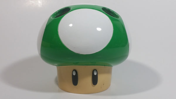 Extremely Hard to find Rare 2012 Nintendo Super Mario Video Game 1-UP Free Man Green and White Mushroom Shaped Ceramic Toothbrush Holder