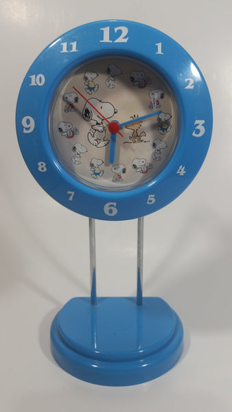 Peanuts Comic Strip Snoopy Cartoon Character Blue Desk Clock Collectible Working