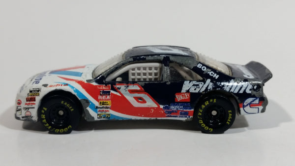 1997 Hot Wheels Pro Racing T-Bird Stocker Mark Martin #6 Bosch Cummins Valvoline White Die Cast Toy Nascar Race Car Vehicle