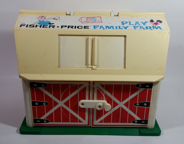 Vintage 1967 Fisher Price Toy Family Farm Moo Barn #915 Plastic Toy Barn - No longer Moos