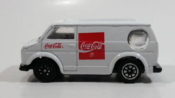 1988 Hartoy Coca Cola Coke Soda Pop Bedford Delivery Van White Red Die Cast Toy Car Vehicle
