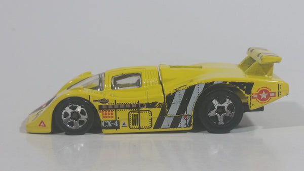 1998 Hot Wheels Flyin' Aces Sol-Aire CX-4 Yellow Die Cast Toy Car Vehicle Opening Rear Hood