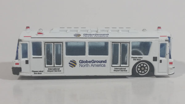Globe Ground North America White Airport Bus Die Cast Toy Car Vehicle