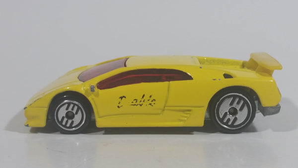 1994 Hot Wheels Lamborghini Diablo Yellow Die Cast Toy Exotic Sports Car Vehicle