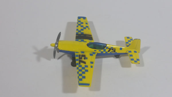 2009 Matchbox Sky Busters New Stunt Plane 75 Yellow Blue Die Cast Toy Aircraft Vehicle