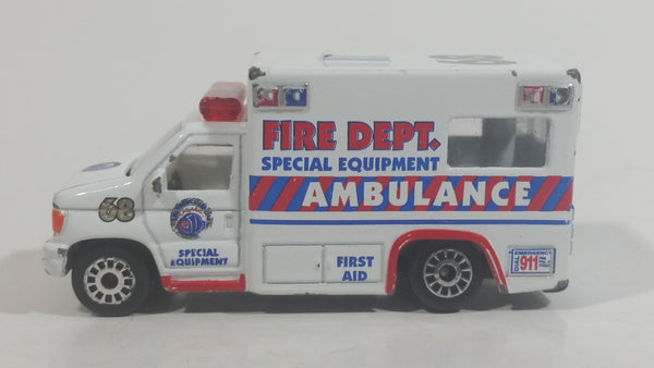 Realtoy Fire Dept. Special Equipment Ambulance White 68 Die Cast Toy Car Rescue Medic Emergency Vehicle