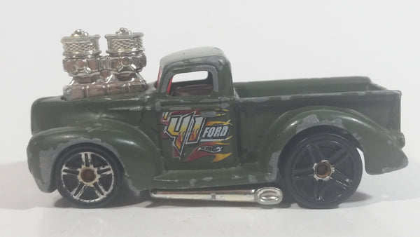2004 Hot Wheels 1941 Ford Pickup Truck Army Green Die Cast Toy Car Vehicle