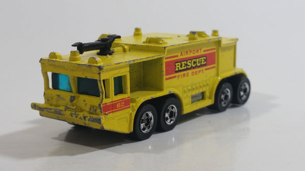 1981 Hot Wheels Workhorses Airport Rescue Yellow Fire Truck Die Cast Toy Car Firefighting Emergency Rescue Vehicle Hong Kong