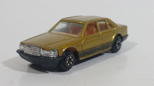 Yatming No. 8915 Mercedes Sedan Golden Gold Die Cast Toy Car Vehicle