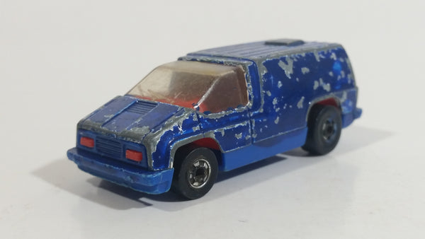 1979 Hot Wheels Scene Machines Inside Story Beach Blaster Van White Painted Blue Die Cast Toy Car Vehicle Hong Kong