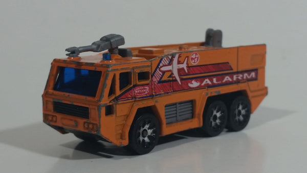 2002 Matchbox Airport Fire Tanker Truck Red Die Cast Toy Car Emergency Vehicle