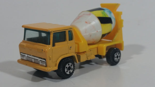 Vintage Yatming Cement Mixer Truck Yellow with White Mixing Barrel Die Cast Toy Car Vehicle