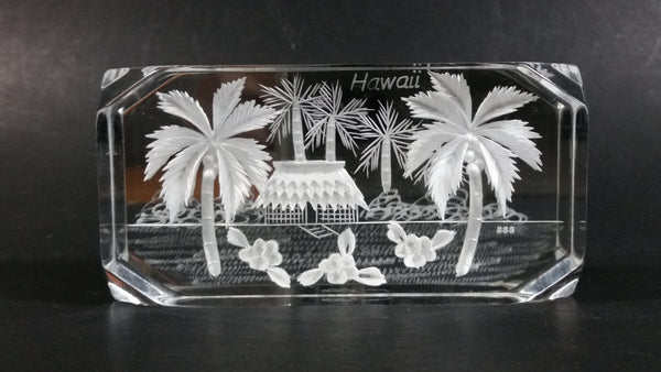 1984 South Seas Spec. Hawaii 3D Laser Engraved Clear Resin Lucite Paperweight Souvenir Travel Collectible