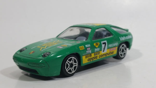 1988 Burago Porsche 928 S4 Valvoline Man Starcraft Apple Computer #7 Green 1/43 Scale Die Cast Toy Race Car Vehicle