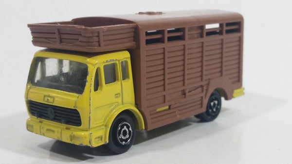 1980s Majorette Mercedes Betaillere Yellow Brown Animal Truck 1/100 Scale Die Cast Toy Car Vehicle