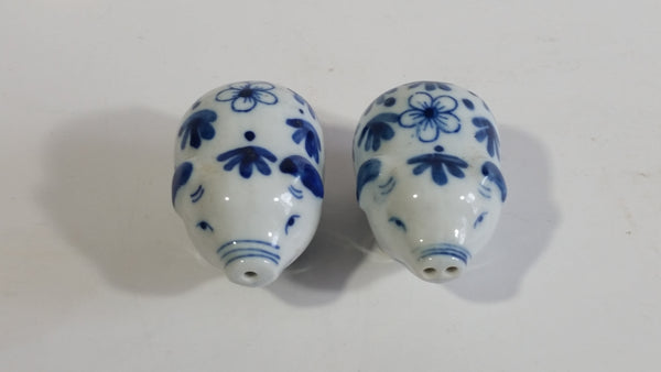 Delft Blue and White Floral Pattern Porcelain Ceramic Pig Shaped Salt and Pepper Shakers