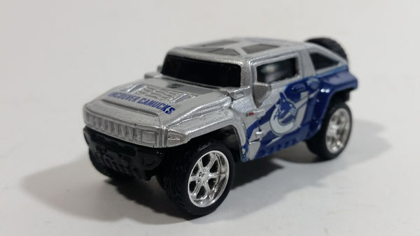 2010 Maisto Top Dog Collectible Vancouver Canucks NHL Hockey Hummer HX Concept 1/64 Scale Die Cast Toy Car Vehicle