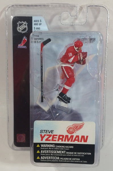 2005 McFarlane Sportspicks NHL Ice Hockey Detroit Red Wings Player Steve Yzerman Action Figure New in Package