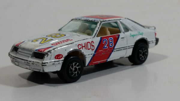 Yatming Ford Mustang Pace Car No. 1028 White Die Cast Toy Muscle Race Car Vehicle