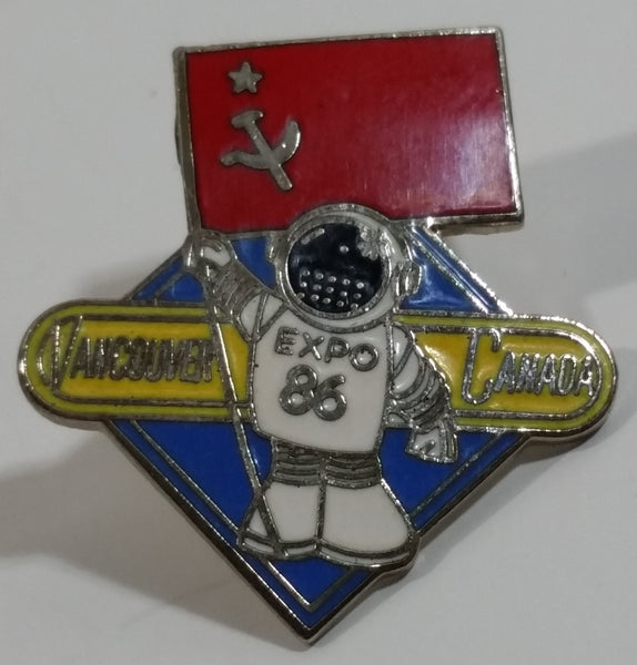1986 Vancouver Exposition Expo 86 Ernie The Astronaut with USSR Soviet Union Flag Metal Lapel Pin