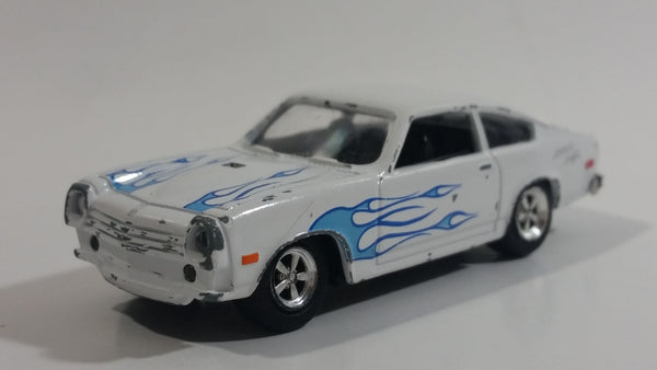 MotorMax No. 6130 American Graffiti 1976 Chevy Vega White with Blue Flames 1:60 Scale Die Cast Toy Muscle Car Vehicle