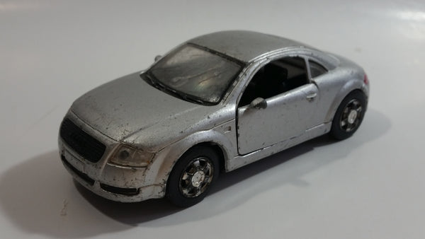 2000 New Ray Audi TT Silver Grey Pull Back Motorized Friction 1/43 Scale Die Cast Toy Car Vehicle with Opening Doors