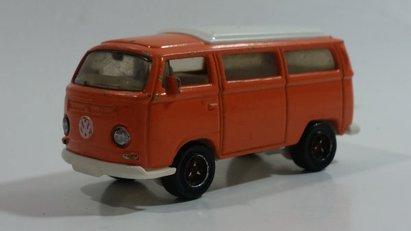 2008 Matchbox Outdoor Adventure Volkswagen T2 Bus 1970 Orange and White Die Cast Toy Car Vehicle