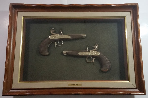 "Vintage Turner Wall Accessory 3805 D307 Flint Lock Pistols 3D Props 18 3/4"" x 27"" Wood Framed Shadow Box"