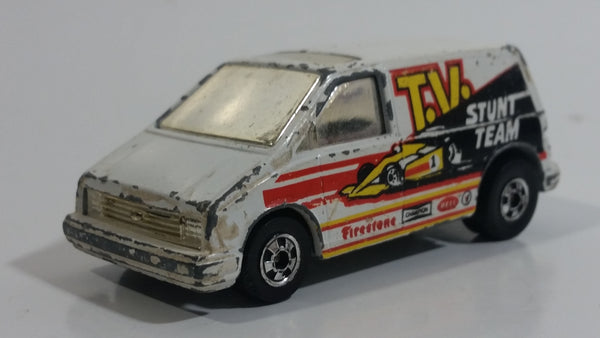 1986 Hot Wheels Flip Outs Vaultin' Van Ford Aerostar White Die Cast Toy Car Vehicle - Hong Kong