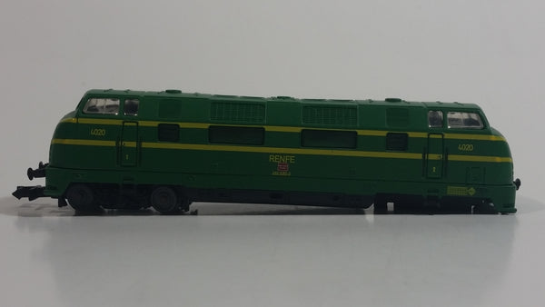 CIL N Scale 1/160 Renfe 4020 Train Locomotive Green Plastic and Die Cast Metal Toy Railroad Vehicle