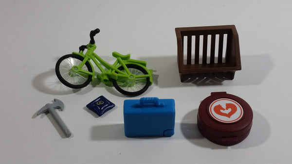 Geobra Playmobil Green Bicycle, Brown Hay Trough, Blue Cushion, Blue Suitcase, Grey Axe, Brown Horse First Aid Box Lot of 6 Accessories