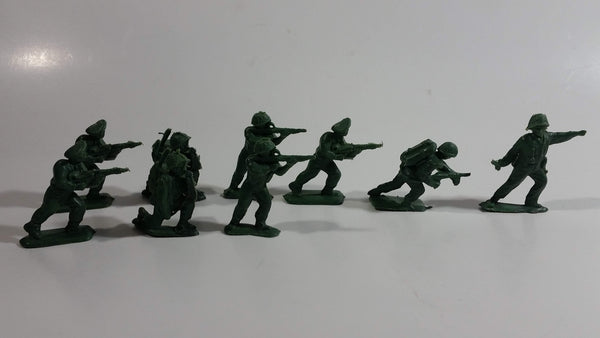 Vintage Blue-Box Toys Style Green Plastic Army Figures - Lot of 9