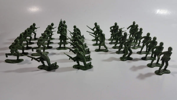 Vintage Blue-Box Toys Green Plastic Army Figures Made in Hong Kong - Lot of 34