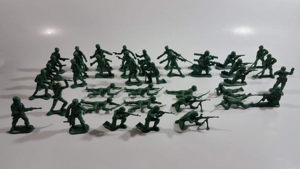 Vintage Blue-Box Toys Green Plastic Army Figures Made in Hong Kong - Lot of 40