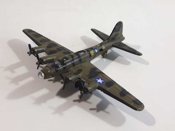 A222 B-17 Bomber Dark Army Green Camouflage Die Cast Toy Aircraft Vehicle