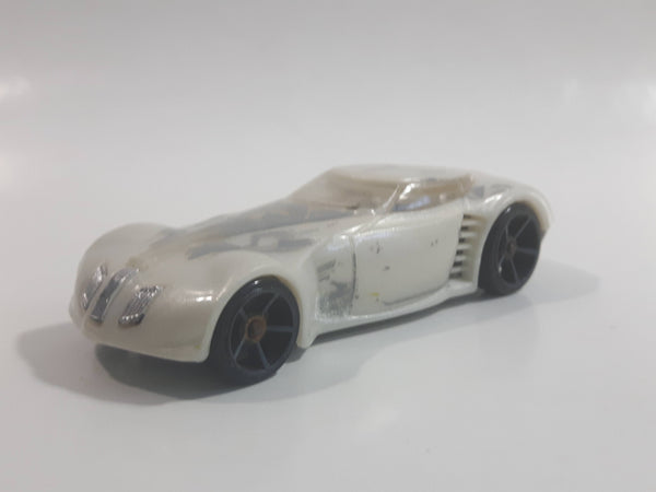 2008 Hot Wheels All Stars Covelight Pearl White Die Cast Toy Car Vehicle