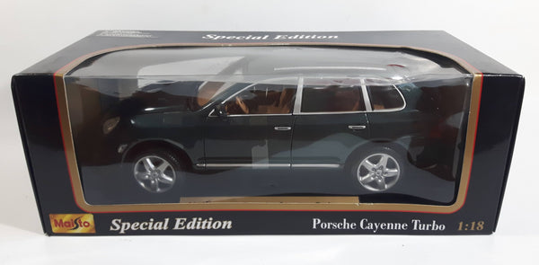 2002 Maisto Special Edition Porsche Cayenne Turbo Dark Green 1/18 Scale Die Cast Toy Car Vehicle with Opening Doors, Hood, and Hatch New in Box