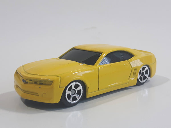 2008 Maisto Speed Wheels 2006 Chevrolet Camaro Concept Yellow Die Cast Toy Car Vehicle 1:64 Scale