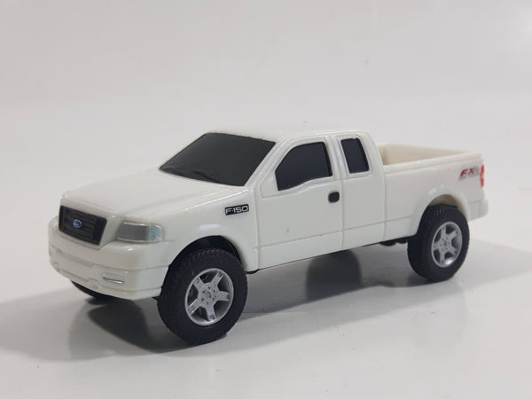ERTL 2005 Ford F-150 FX4 Pickup Truck White Die Cast Toy Car Vehicle
