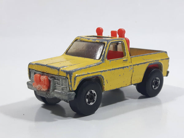 Vintage 1980 Hot Wheels Super Scraper Snow Plow Truck Yellow Die Cast Toy Car Vehicle